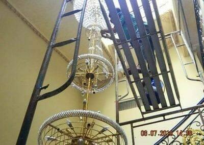 cuci-lampu-kristal-ibu-novita-ikasari-48