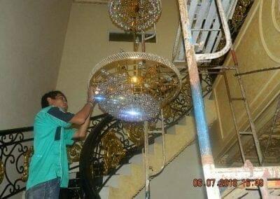 cuci-lampu-kristal-ibu-novita-ikasari-60