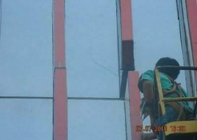jasa-pembersih-gedung-plasa-telkom-09