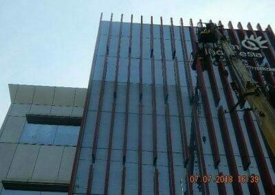 jasa-pembersih-gedung-plasa-telkom-17