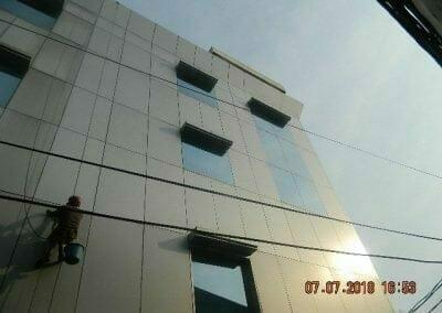 jasa-pembersih-gedung-plasa-telkom-25