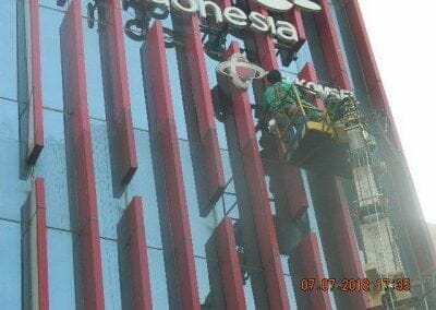 jasa-pembersih-gedung-plasa-telkom-33