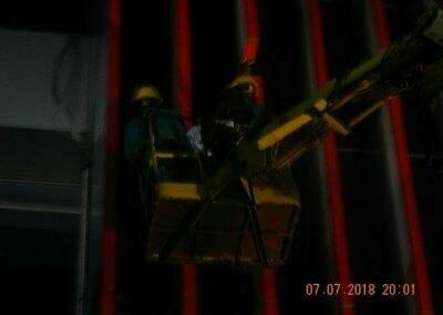 jasa-pembersih-gedung-plasa-telkom-38