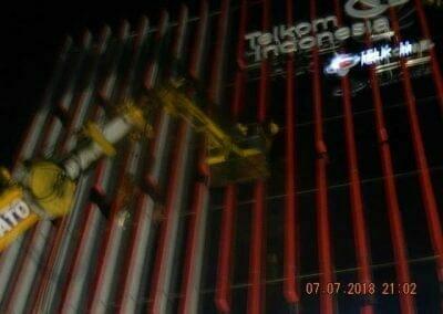jasa-pembersih-gedung-plasa-telkom-39