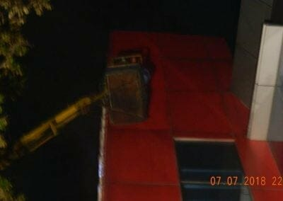 jasa-pembersih-gedung-plasa-telkom-45