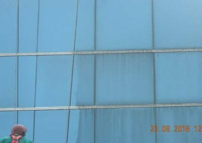 cuci-kaca-gedung-eks-honda-angsana-motor-13
