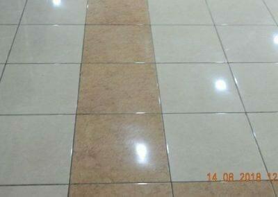 cuci-lantai-gedung-dprd-kabupaten-bekasi-04