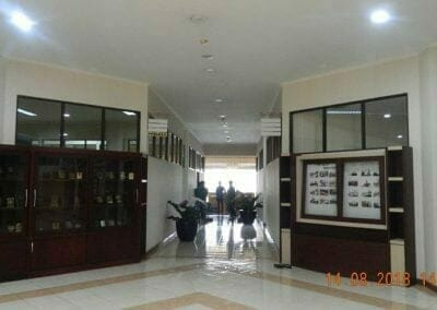 cuci-lantai-gedung-dprd-kabupaten-bekasi-19