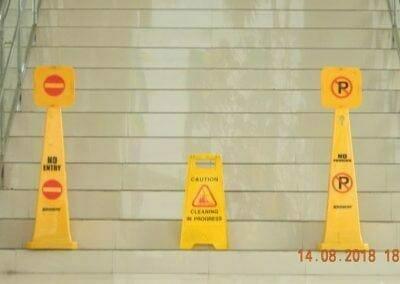 cuci-lantai-gedung-dprd-kabupaten-bekasi-29