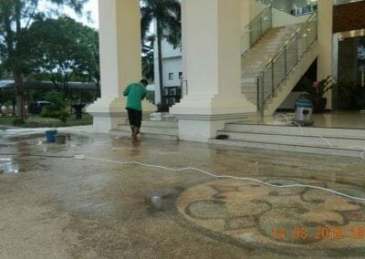 cuci-lantai-gedung-dprd-kabupaten-bekasi-30