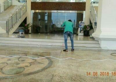 cuci-lantai-gedung-dprd-kabupaten-bekasi-31