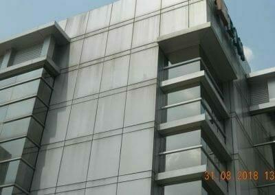 cuci-kaca-gedung-bni-jatiluhur-07