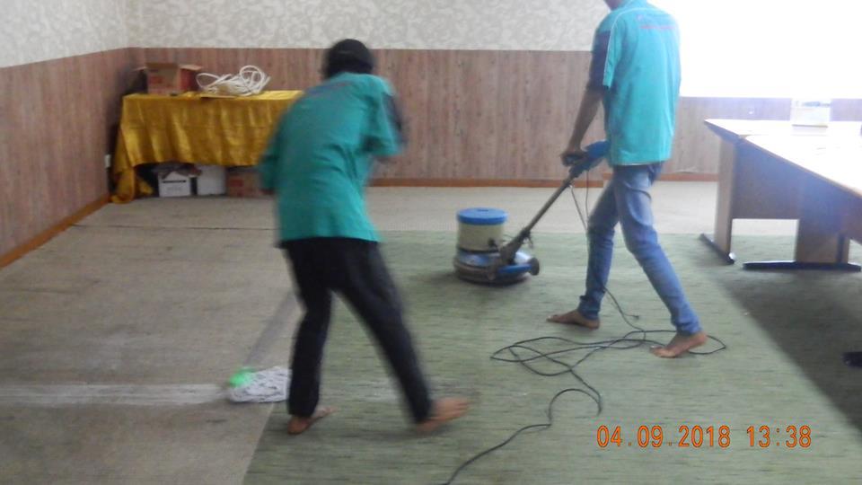 Cuci Karpet Kantor DPRD Kabupaten Bekasi | Jasa Cuci Karpet