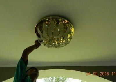 cuci-lampu-kristal-miss-kartika-24