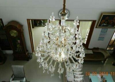 cuci-lampu-kristal-miss-kartika-27
