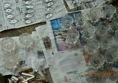 cuci-lampu-kristal-miss-kartika-31