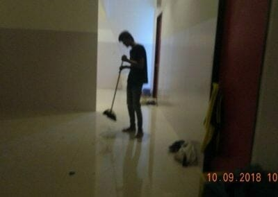 general-cleaning-gedung-eks-honda-angsana-motor-02