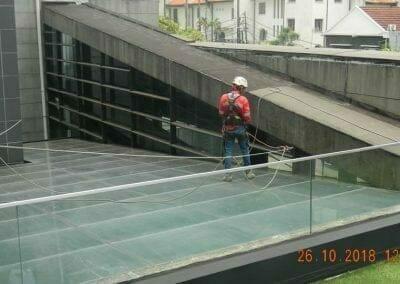 cuci-kaca-gedung-ducati-indonesia-04