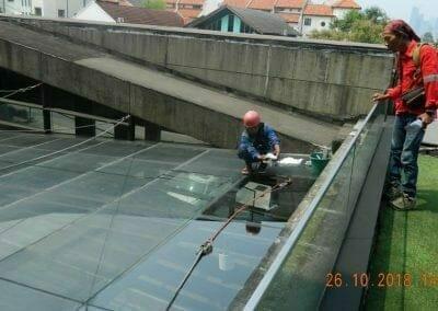 cuci-kaca-gedung-ducati-indonesia-18