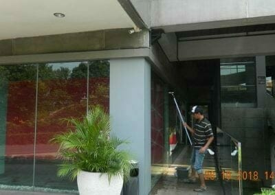 cuci-kaca-gedung-ducati-indonesia-30