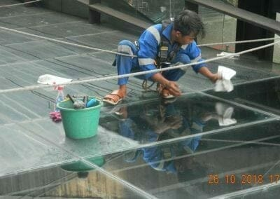 cuci-kaca-gedung-ducati-indonesia-42