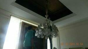 cuci-lampu-kristal-di-lotus-palace-28