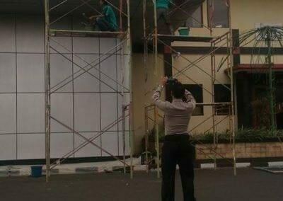 pembersih-gedung-cuci-acp-gedung-balai-sespimma-polri-36