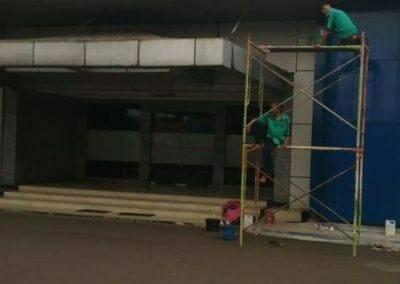 pembersih-gedung-cuci-acp-gedung-balai-sespimma-polri-49