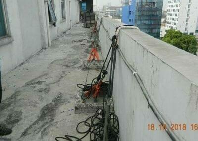 pembersih-gedung-cuci-kaca-gedung-hotel-oria-06