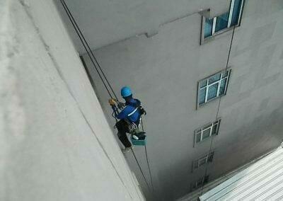pembersih-gedung-cuci-kaca-gedung-oria-hotel-06
