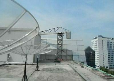 pembersih-gedung-cuci-kaca-gedung-oria-hotel-14