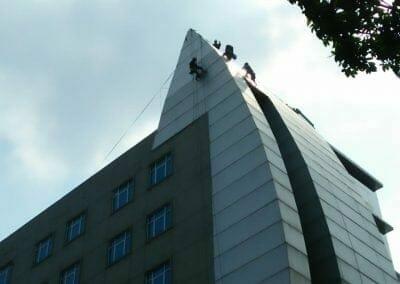 pembersih-gedung-cuci-kaca-oria-hotel-25