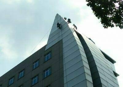 pembersih-gedung-cuci-kaca-oria-hotel-26