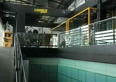 pembersih-kaca-gedung-ducati-indonesia-13