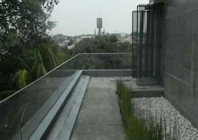 pembersih-kaca-gedung-ducati-indonesia-19