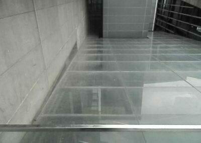 pembersih-kaca-gedung-ducati-indonesia-20