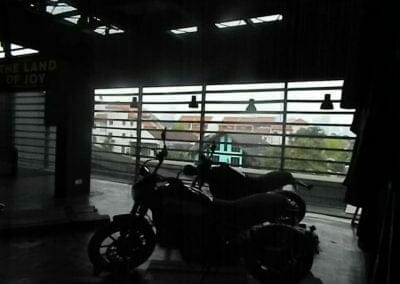 pembersih-kaca-gedung-ducati-indonesia-26