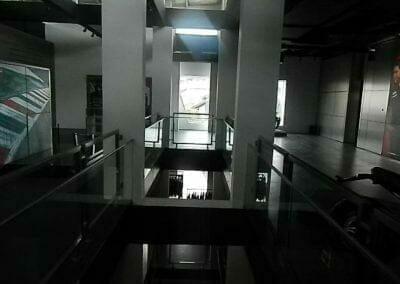 pembersih-kaca-gedung-ducati-indonesia-27