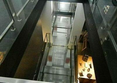pembersih-kaca-gedung-ducati-indonesia-28