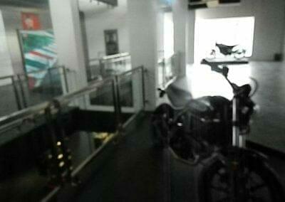 pembersih-kaca-gedung-ducati-indonesia-31