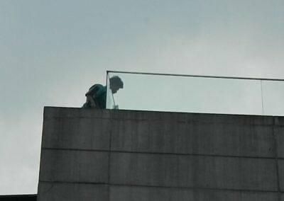 pembersih-kaca-gedung-ducati-indonesia-36