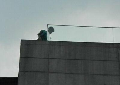 pembersih-kaca-gedung-ducati-indonesia-37