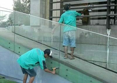 pembersih-kaca-gedung-ducati-indonesia-52