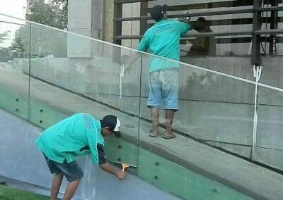 pembersih-kaca-gedung-ducati-indonesia-53