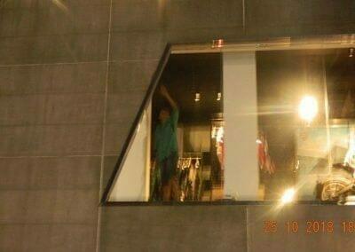 pembersih-kaca-gedung-ducati-indonesia-62