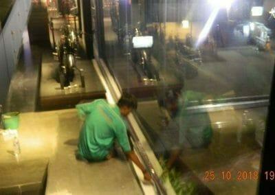pembersih-kaca-gedung-ducati-indonesia-65