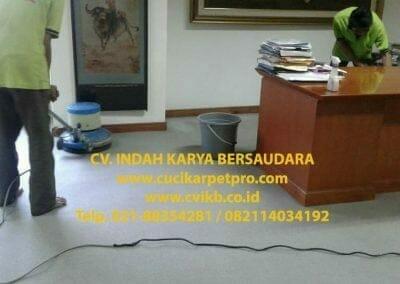 cuci-karpet-kantor-biru-indokon-pt-03