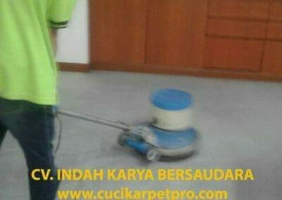 cuci-karpet-kantor-biru-indokon-pt-05