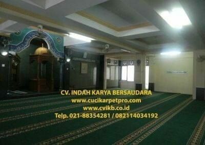 cuci-karpet-mesjid-jami-darul-falah-04