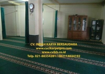 cuci-karpet-mesjid-jami-darul-falah-05